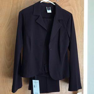 A women's professional suit